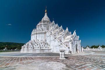 Mingun: Hsinbyume pagode van Maarten Verhees