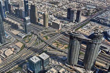 Luchtfoto van de stad Dubai vanaf grote hoogte van MPfoto71