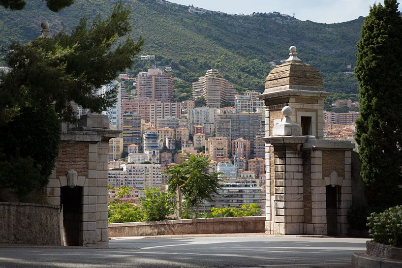 Port to Monaco van Guido Akster
