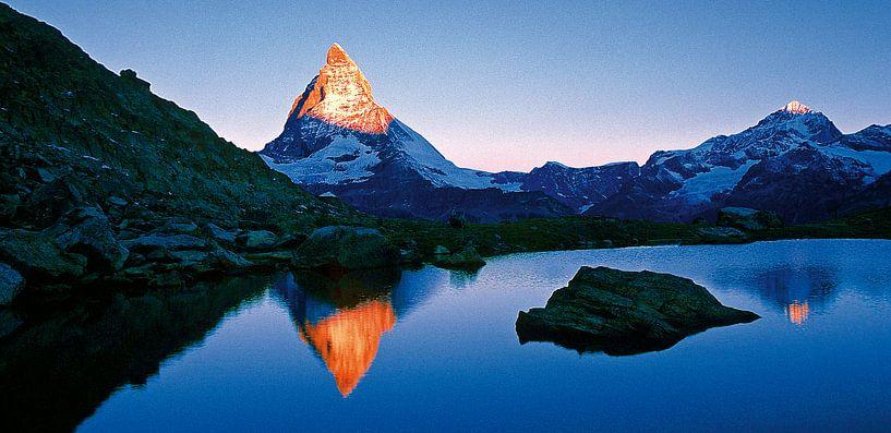Matterhorn und Riffelsee, Schweiz van Hans-Peter Merten