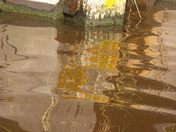 spiegeling kade van Marianne Tiel