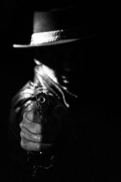 At gun point von Arie-Jan Eelman