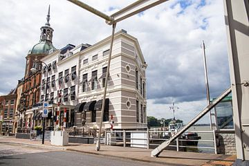 De Groothoofdse poort in Dordrecht van Petra Brouwer