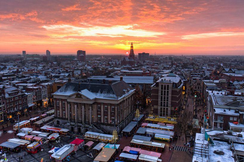 Winters uitzicht Martinitoren Groningen van Frenk Volt