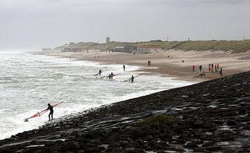 Surfeurs à Domburg sur