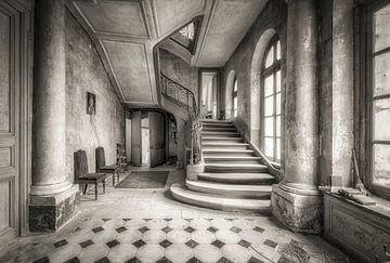 Treppenhalle schwarz und weiß von Kelly van den Brande
