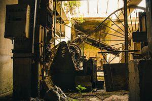 Verlaten dakpannenfabriek