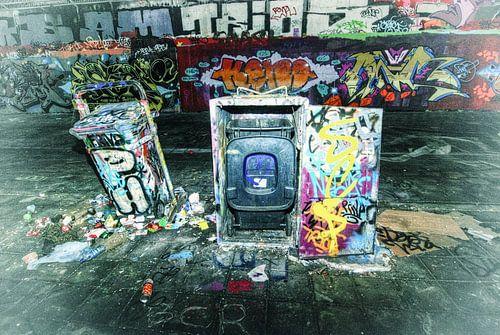 Grafitti vuilnis van