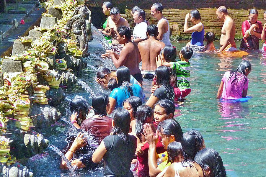 Bali, rituele wassing.