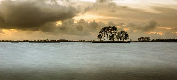 Eiland in het Sneekermeer