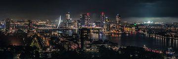 Rotterdam Skyline - Netherlands von Marco de Graaff