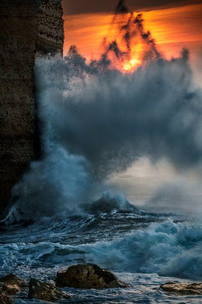 Between water and rock van Ruud Peters