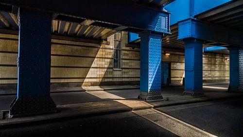 Blue Bridge van