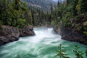 Mount Robson Overlander Falls