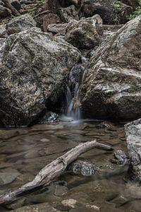 Lange sluitertijd waterval in de Ardennen