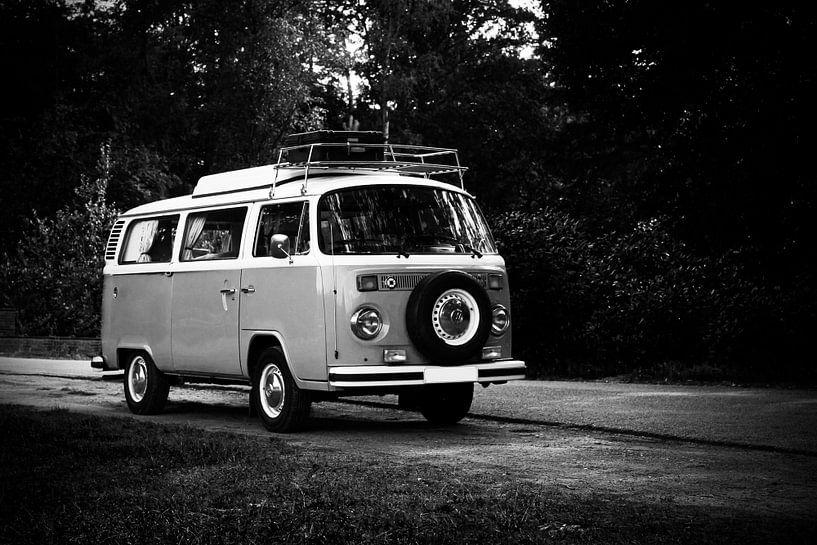 Camping-car Volkswagen T2 sur Ton van Buuren