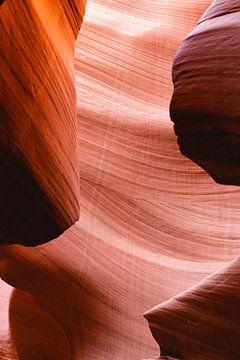 Steentekeningen in de lower antelope canyon van Moniek Kuipers