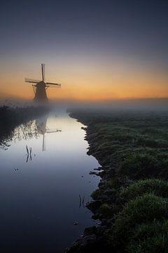 Dutch windmill Hempensermeerpolder van AGAMI Photo Agency