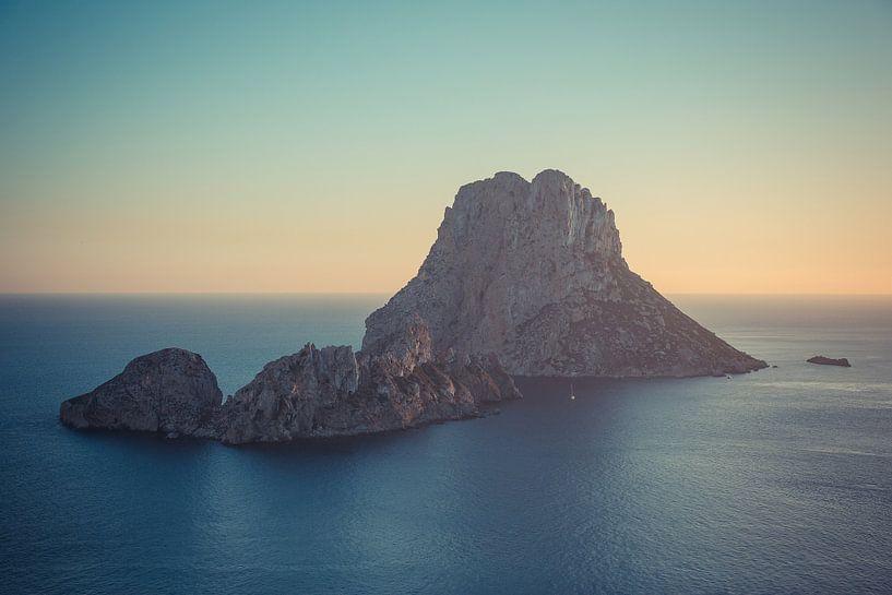 Zonsondergang Es Vedrà, Ibiza van Capture the Light