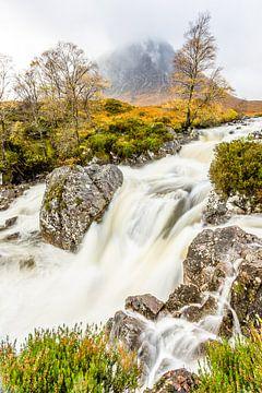 Buachaille Etive Mòr waterfalls von Ivo Bentes