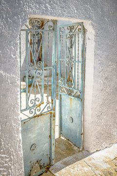 Alte blaue griechische Türen von Tonny Visser-Vink