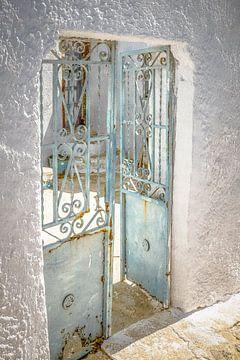 Ouwe blauwe Griekse griekse deuren van Tonny Visser-Vink
