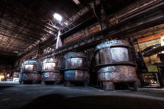 Barrels of steel  van Sven van der Kooi