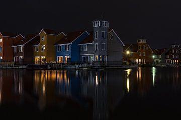 De Reitdiephaven in Groningen bij avondlicht van Vincent Alkema
