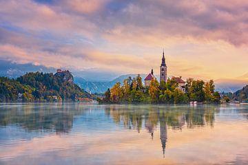 Slowenischer Morgen Bled von Pieter Struiksma