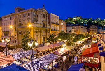 Cours Saleya in Nice 's nachts in Nice van