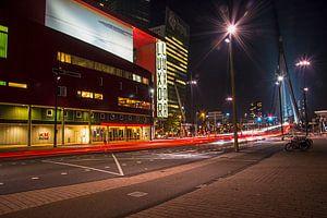 Rotterdam Luxor theater bij nacht
