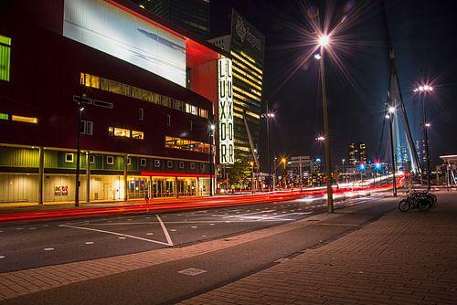 Rotterdam Luxor theater bij nacht van Eisseec Design