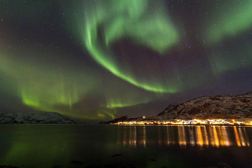 Northern Lights, Skulsfjord 2 von Freek van den Driesschen