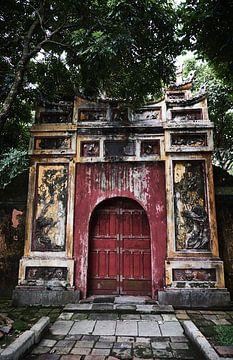 Porte vietnamienne à Hue sur Karel Ham