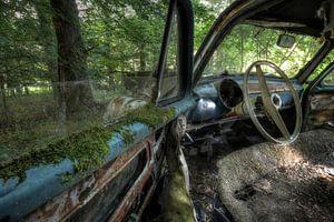 Old Simca resting in the woods van