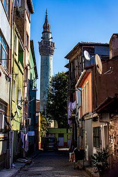 Straatje in Istanboel van Oguz Özdemir
