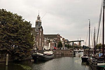 Zicht op Delfshaven van Adriana Zoon