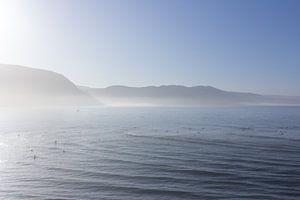 Imsouane Bay Morocco misty morning blues van Wendy Bos