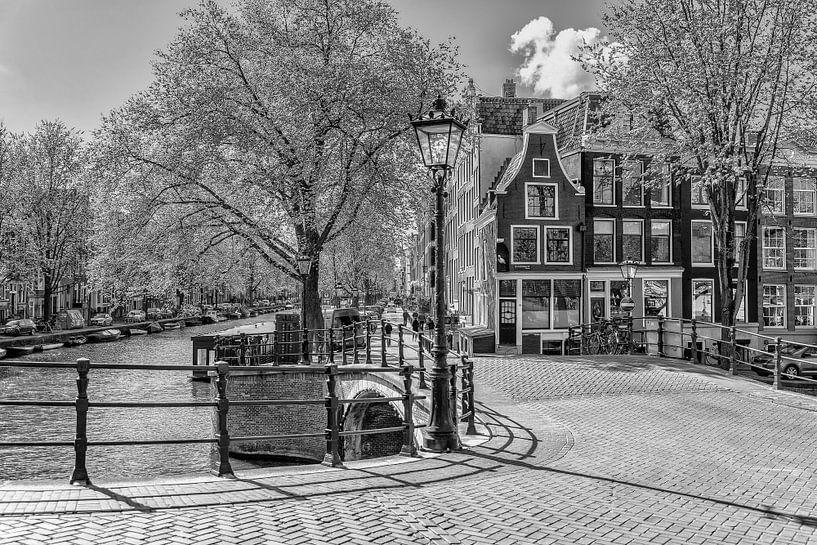 Reguliersgracht hoek Prinsengracht in Amsterdam. van Don Fonzarelli