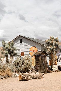 Alte Scheune entlang der historischen Route 66 in Arizona von Henrike Schenk