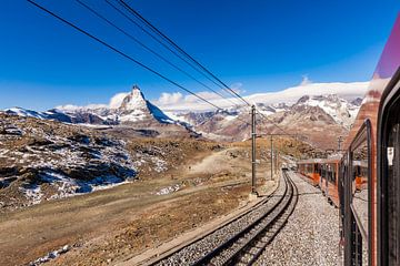Matterhorn en Gornergratbahn in Zwitserland van Werner Dieterich