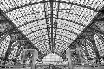 Antwerpener Bahnhofshalle von Mark Bolijn
