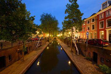 Nieuwegracht in Utrecht tussen Quintijnsbrug en Magdalenabrug sur Donker Utrecht