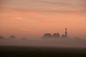 Mist in het dorp van
