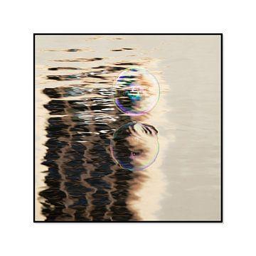 zeepbellen spiegeling van Wendy van Kuler