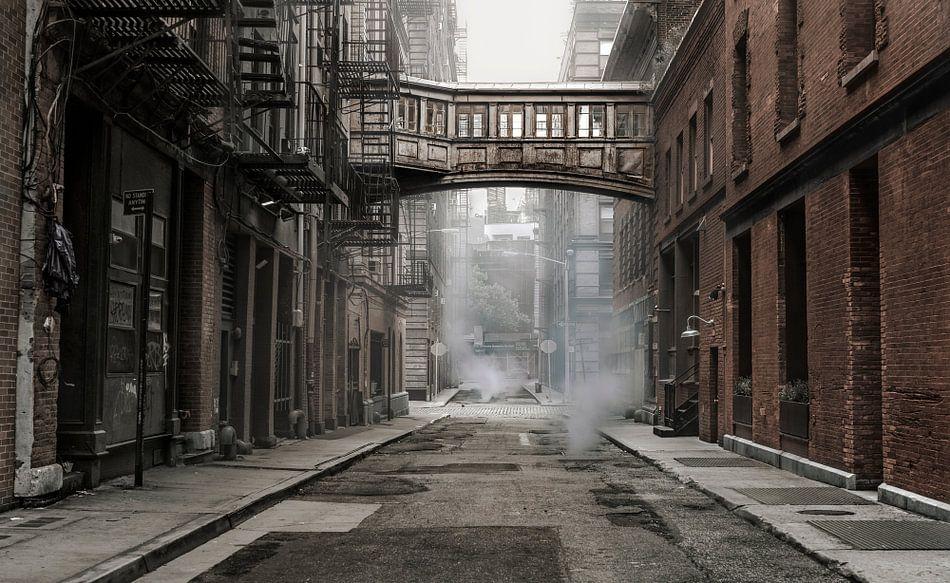 Staple Street with Skybridge  van Nico Geerlings