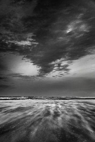 Storm op het strand van