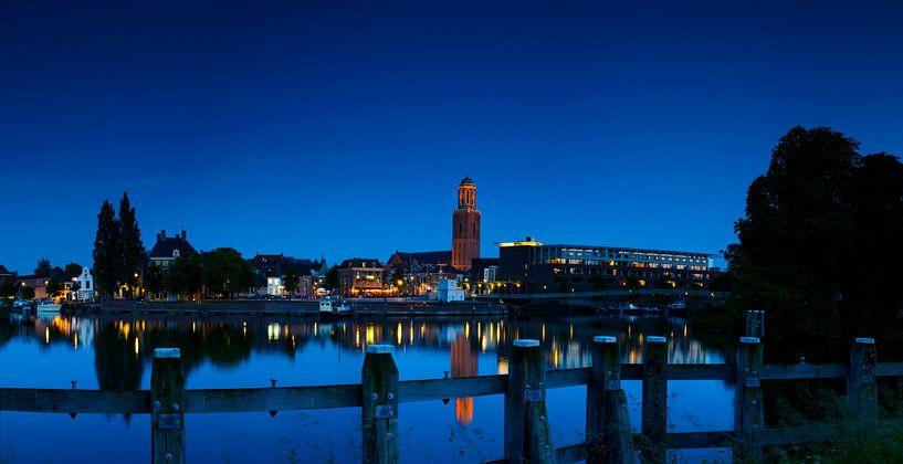 Zwolle in de avond van Sjoerd van der Wal