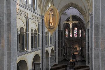 Interieur van de Munsterkerk te Roermond von Ton Reijnaerdts