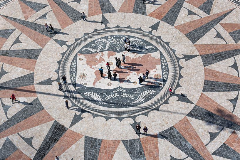 Het Rose Compass Belém  in Lissabon in Portugal van MS Fotografie | Marc van der Stelt